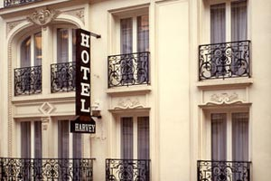 Hotel harvey paris hotel pr s de l 39 arc de triomphe des for Hotel paris porte maillot